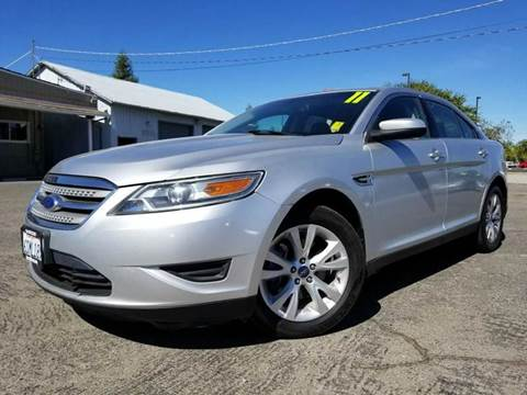 2011 Ford Taurus for sale in Clovis, CA