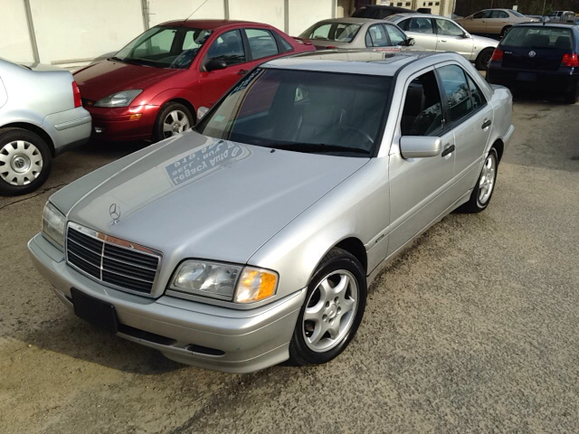 2000 mercedes benz c class c230 supercharged 4dr sedan in for Mercedes benz apex