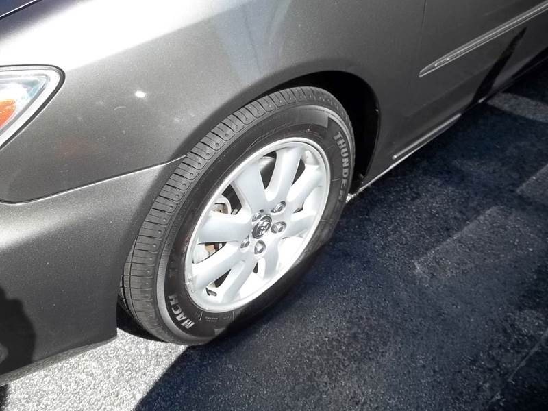 2004 Toyota Camry XLE V6 4dr Sedan - Clearwater FL