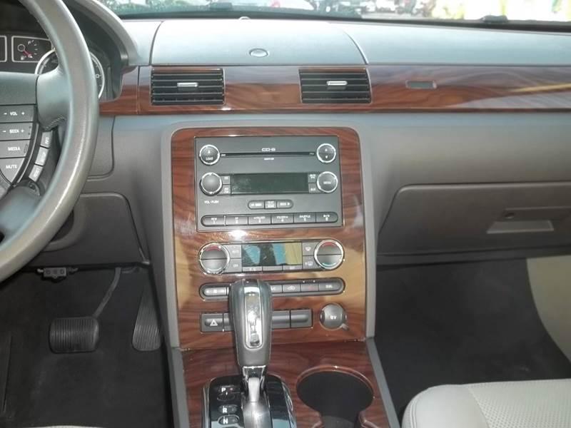 2008 Ford Taurus SEL 4dr Sedan - Clearwater FL
