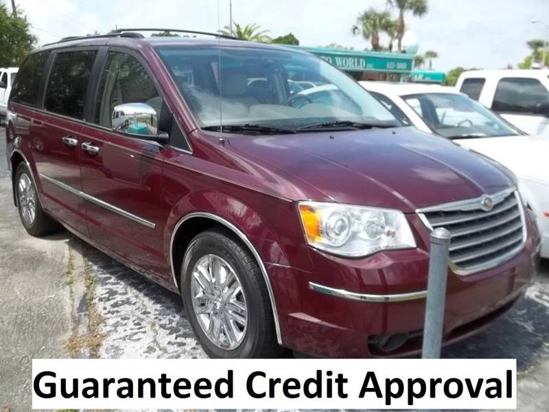 2008 Chrysler Town and Country Limited 4dr Mini-Van - Clearwater FL