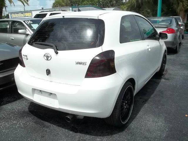 2007 Toyota Yaris 2dr Hatchback - Clearwater FL