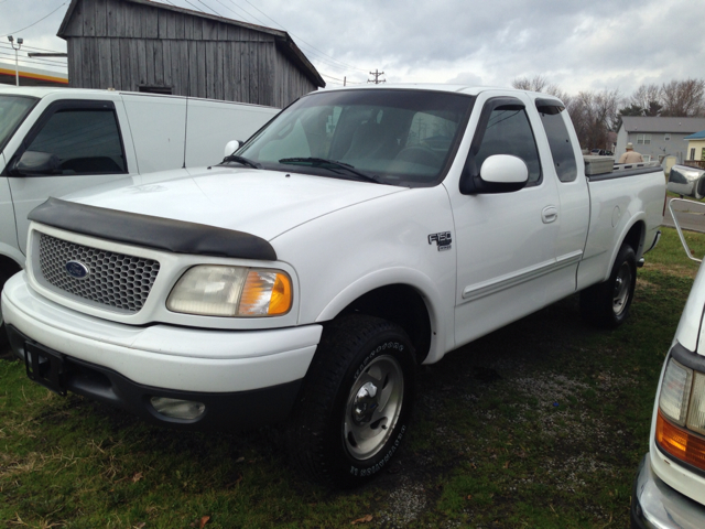 1999 Ford F-150 XLT SuperCab Short Bed 4WD (Stk #: 00425) Kings Auto ...
