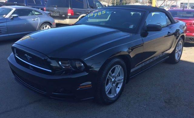 2014 Ford Mustang V6 Premium 2dr Convertible - Norfolk VA