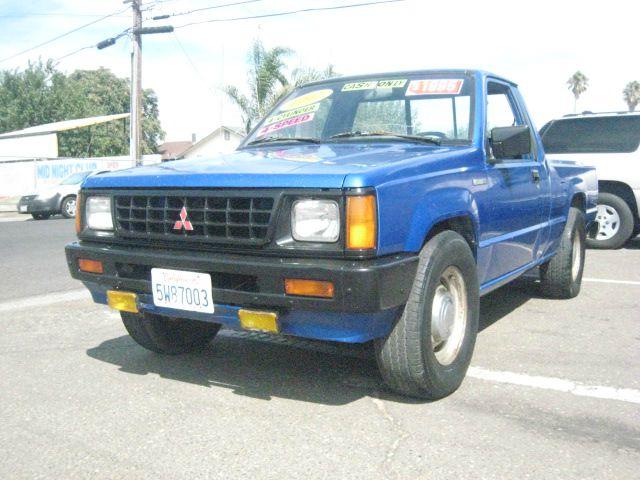 1991 Mitsubishi Mighty Max Pickup