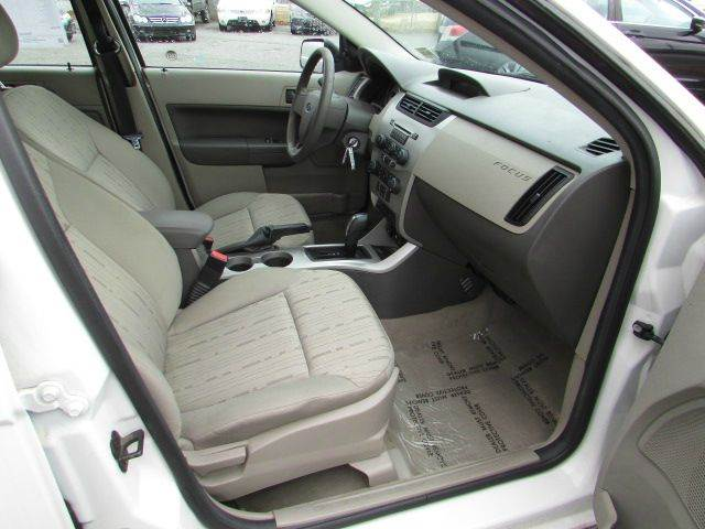 2011 Ford Focus SE 4dr Sedan - Vineland NJ
