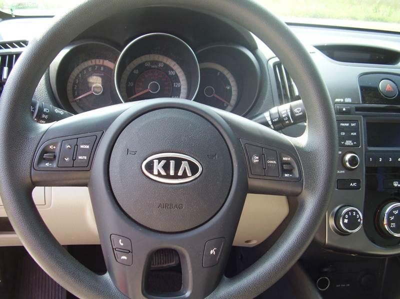 2013 Kia Forte EX 4dr Sedan - New Bloomfield MO