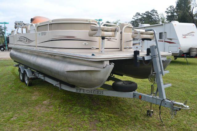 2007 Monark Suncaster 240