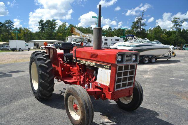 1983 International Harvester 484