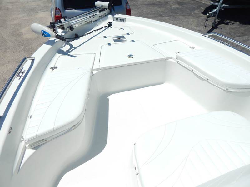 2004 Bay Stealth By Vip 2030 Bsvl Center Console In Conroe