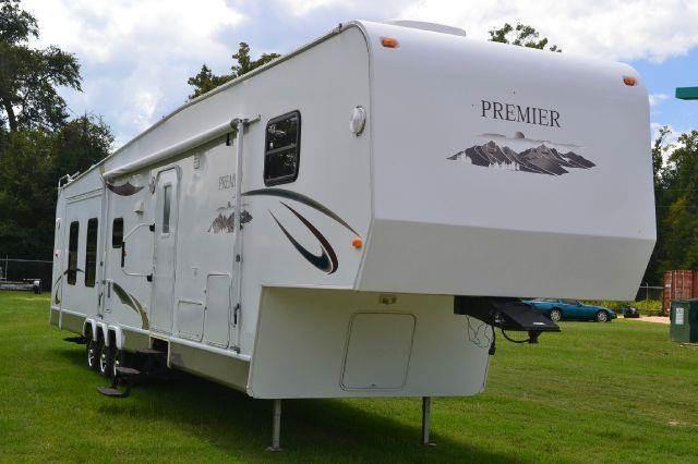 2012 Premier by Hy-Line 42' Fifth Wheel