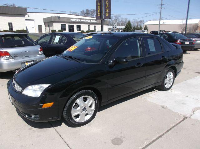 2005 ford focus zx4 st 4dr sedan in south elgin addison. Black Bedroom Furniture Sets. Home Design Ideas