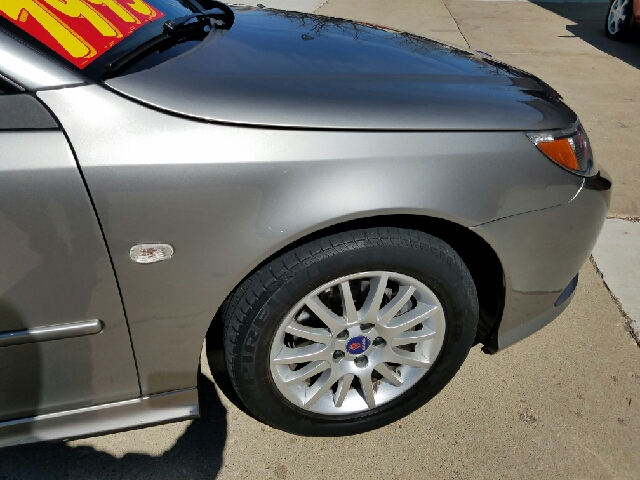 2008 Saab 9-3 2.0T 2dr Convertible - South Elgin IL