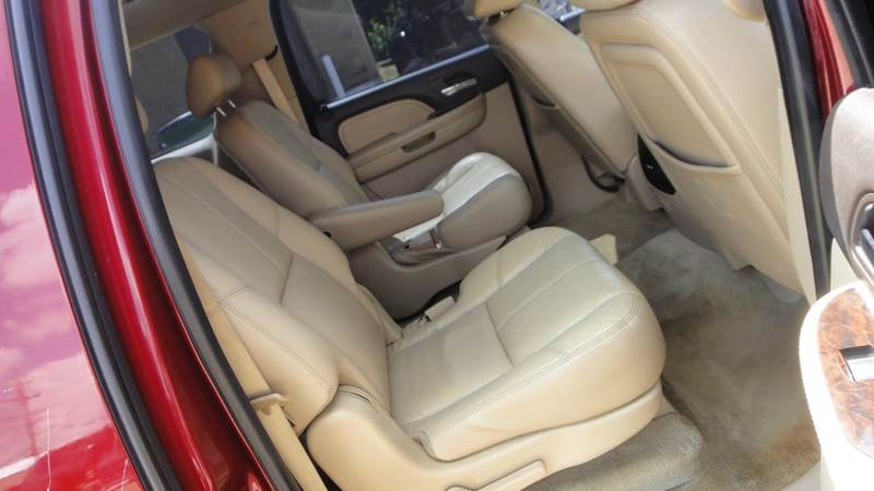 2008 GMC Yukon XL AWD Denali 4dr SUV - South Elgin IL