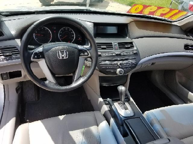 2009 Honda Accord EX-L 4dr Sedan 5A - South Elgin IL