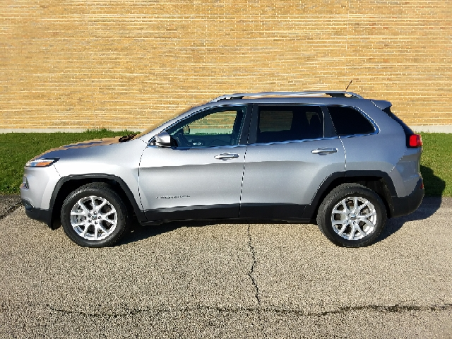 2014 Jeep Cherokee Latitude 4dr SUV - South Elgin IL