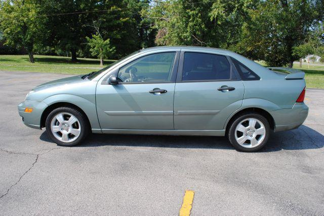 2006 Ford Focus ZX4 SES 4dr Sedan - Hendersonville TN