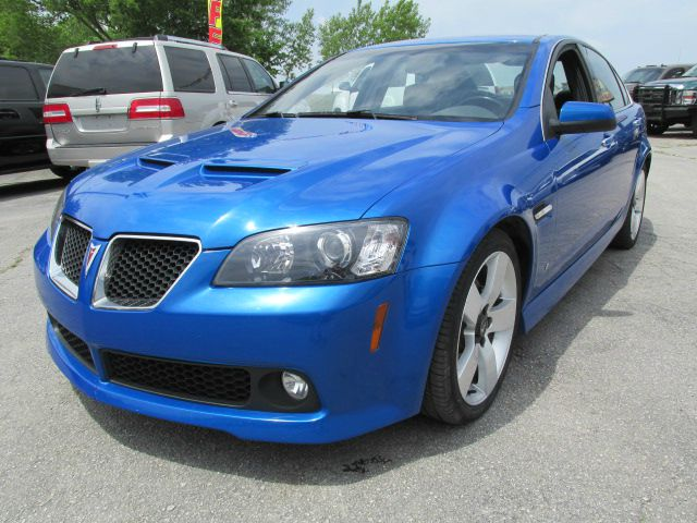 2009 pontiac g8 for sale in harrisonville mo. Black Bedroom Furniture Sets. Home Design Ideas