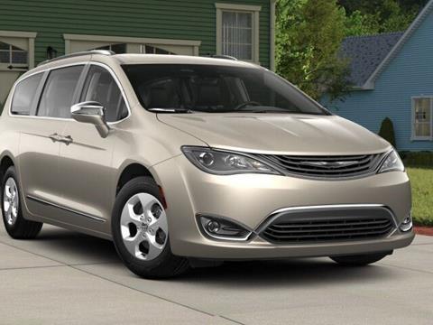 2018 Chrysler Pacifica Hybrid for sale in Little Falls, MN