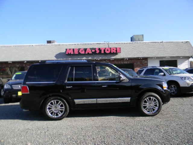 2008 Lincoln Navigator for sale in PLAISTOW NH