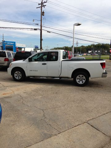 2005 NISSAN TITAN XE KING CAB 2WD white abs brakesair conditioningamfm radioanti-brake system