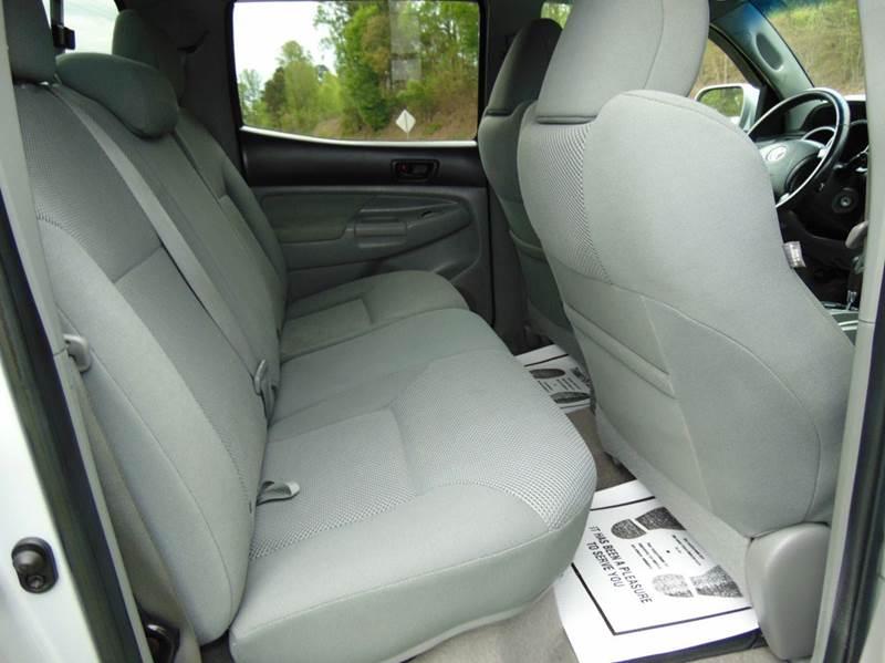 2010 Toyota Tacoma 4x2 PreRunner V6 4dr Double Cab 6.1 ft LB 5A - Hudson NC