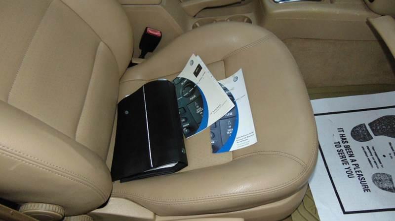 2004 Volkswagen Passat GLS 1.8T 4dr Turbo Wagon - Hudson NC