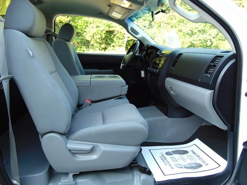2007 Toyota Tundra 2dr Regular Cab 4WD LB (5.7L V8) - Hudson NC