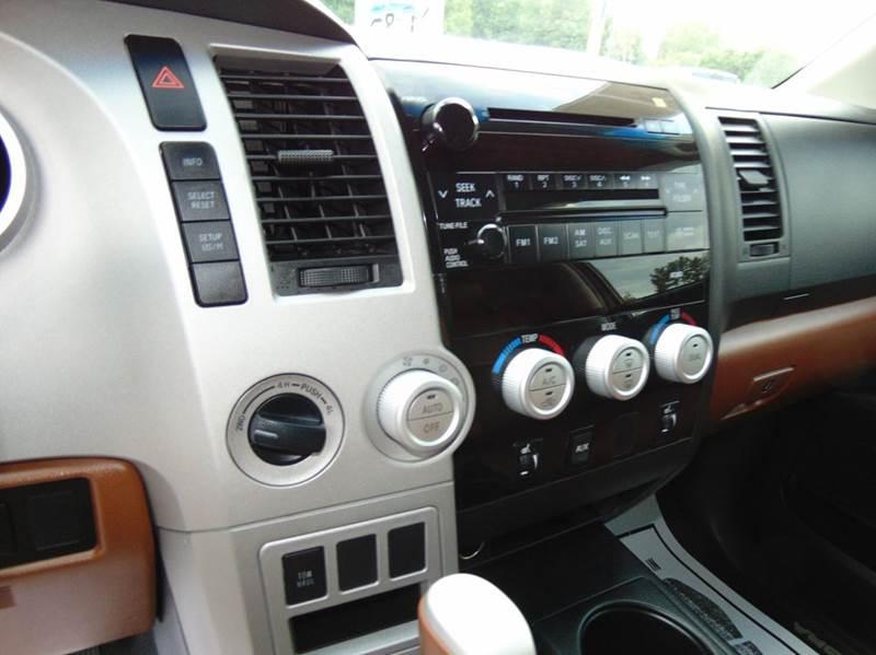 2007 Toyota Tundra Limited 4dr CrewMax Cab 4x4 SB (5.7L V8) - Hudson NC