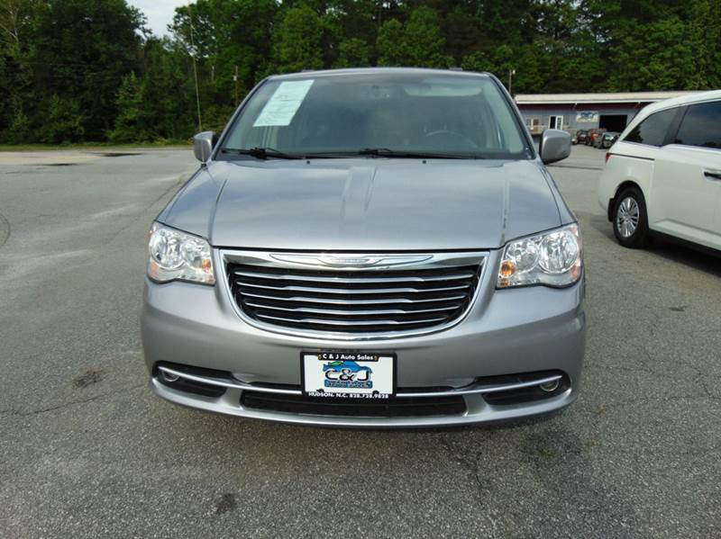 2014 Chrysler Town and Country Touring 4dr Mini-Van - Hudson NC