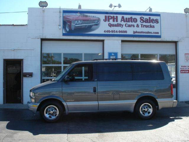 2000 Chevrolet Astro Ls 3dr Extended Mini Van In Eastlake Oh Jph Auto Sales