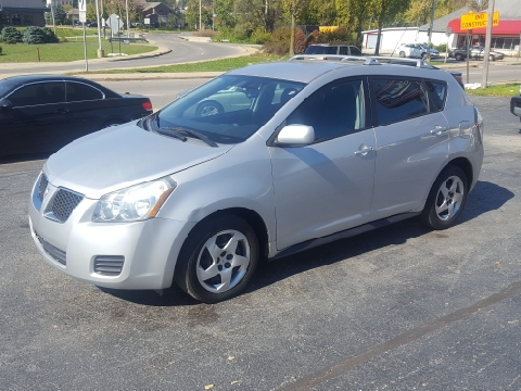 2009 Pontiac Vibe for sale in Bloomington, IN