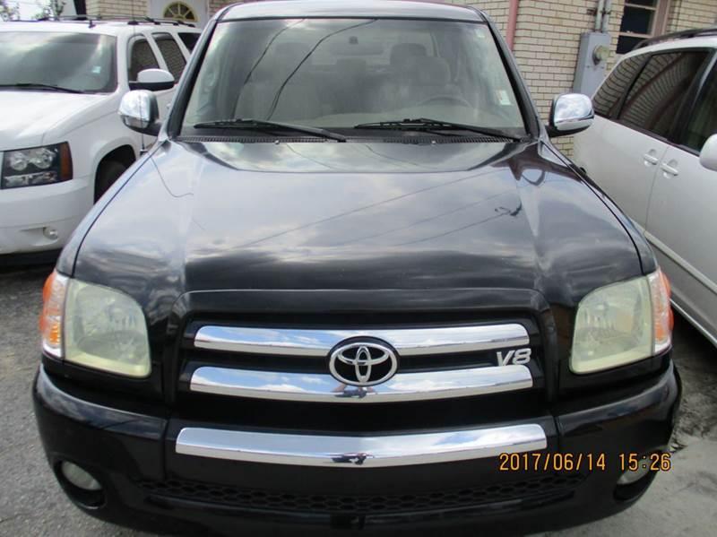 Toyota Tundra 2004 SR5 4dr Double Cab RWD SB V8