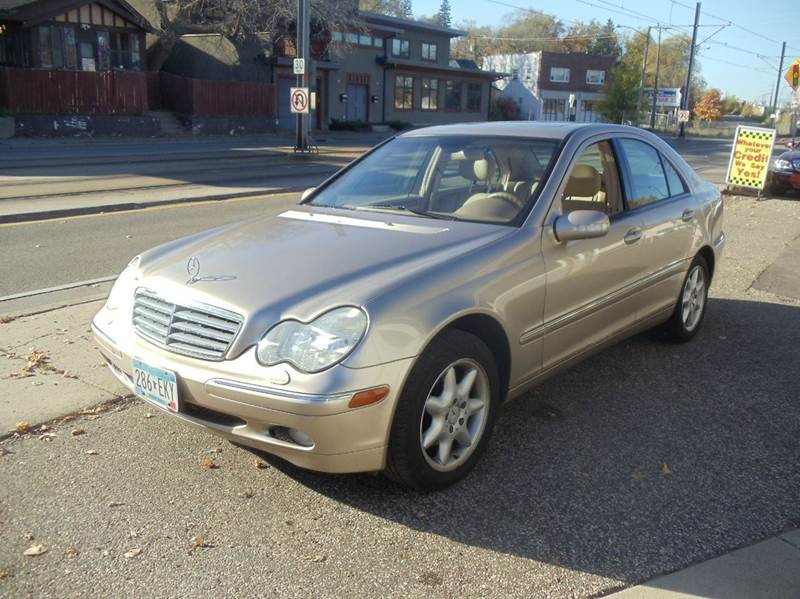 2002 mercedes benz c class c240 4dr sedan in minneapolis. Black Bedroom Furniture Sets. Home Design Ideas