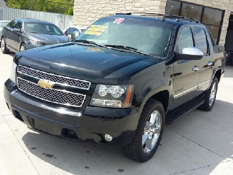 2011 Chevrolet Avalanche for sale in Pontiac, MI