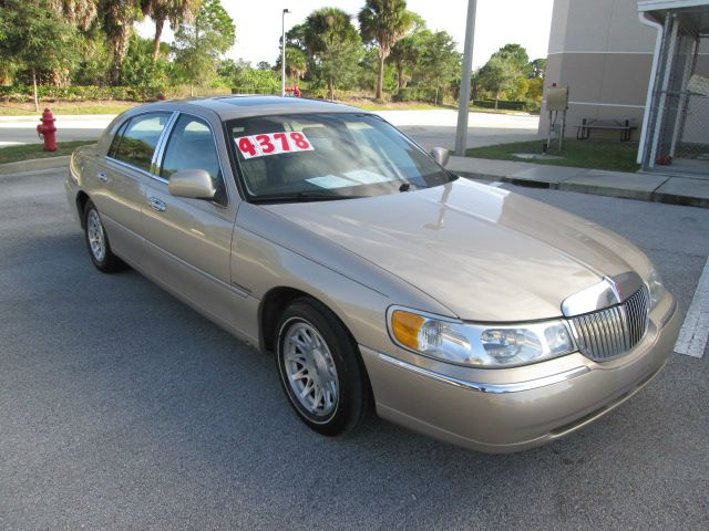 1998 Lincoln Town Car for sale in Palm Bay FL