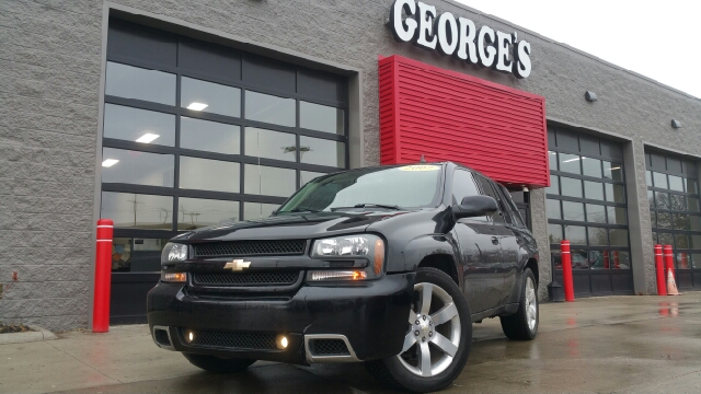 2007 CHEVROLET TRAILBLAZER SS AWD 4DR SUV W3SS black carfax 2 owners and no accidents 60l v8 sf