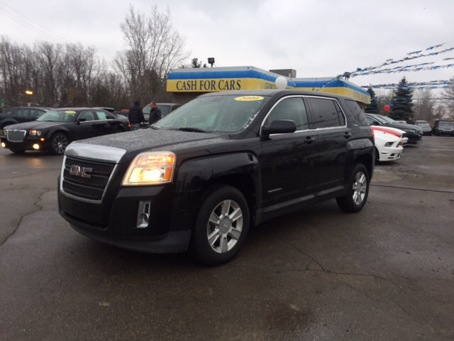 2010 GMC TERRAIN SLE-1 4DR SUV black granite metallic carfax 2 owners and no accidents drive thi