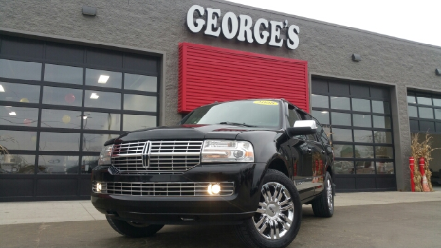 2008 LINCOLN NAVIGATOR BASE 4DR SUV 4WD ebony carfax no accidents 4wd and leather what an outsta