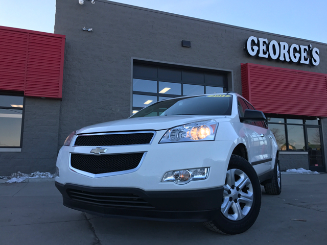 2011 CHEVROLET TRAVERSE LS 4DR SUV summit white carfax 1 owner and no accidents abs - 4-wheel a