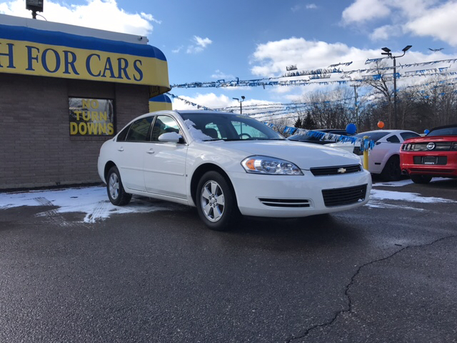 2007 CHEVROLET IMPALA LT 4DR SEDAN white carfax 1 owner and no accidents drive this home today