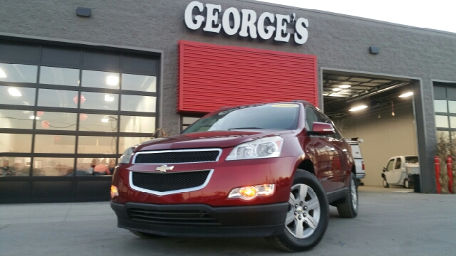 2009 CHEVROLET TRAVERSE LT 4DR SUV W1LT red jewel tintcoat carfax 1 owner carfax no accidents