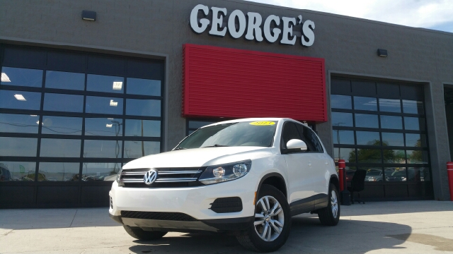2013 VOLKSWAGEN TIGUAN S 4MOTION AWD 4DR SUV END113 candy white awd goof-proof controls snag