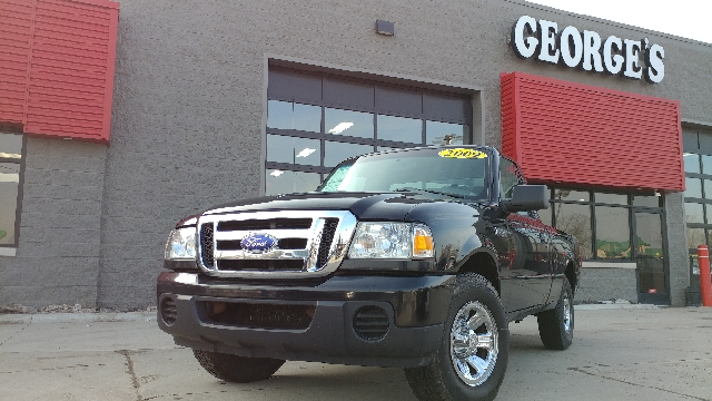 2009 FORD RANGER XLT 4X2 2DR REGULAR CAB SB black carfax 1 owner and no accidents no games just