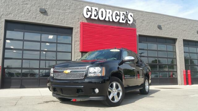 2012 CHEVROLET AVALANCHE LTZ 4X4 4DR CREW CAB PICKUP black carfax no accidents 6-speed automatic