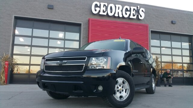2013 CHEVROLET SUBURBAN LT 1500 4X2 4DR SUV black cloth a great deal in flat rock what a fantast