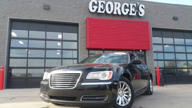 2013 CHRYSLER 300 BASE 4DR SEDAN gloss black carfax 2 owners and no accidentsyoull never pay to