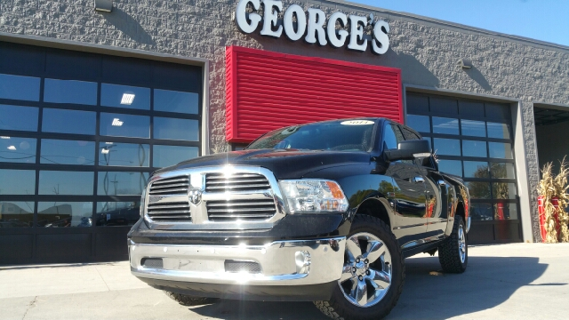 2014 RAM RAM PICKUP 1500 SLT 4X4 4DR CREW CAB 55 FT SB black clearcoat eco diesel carfax 1 owne