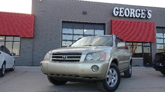 2002 TOYOTA HIGHLANDER BASE 2WD 4DR SUV vintage gold metallic carfax 1 owner free range passenge