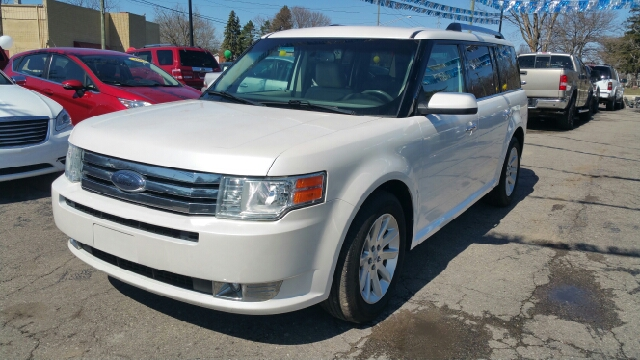 2010 FORD FLEX SEL AWD 4DR CROSSOVER white platinum tricoat awd breathing space belongs to all ab